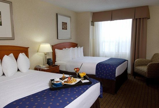 ‪‪Holiday Inn & Suites Ottawa Kanata‬: Classic Double Guest Room‬