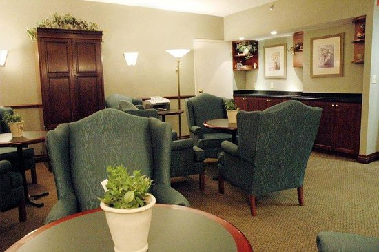 ‪‪Holiday Inn & Suites Ottawa Kanata‬: Executive Lounge‬