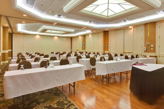 Oakville, : The Royal Ballroom, perfect for your meeting