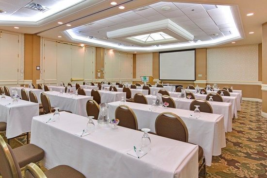 Oakville, Canada: The Majestic Ballroom