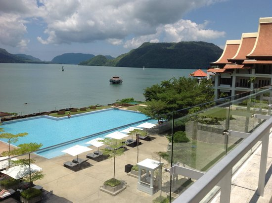 The Westin Langkawi Resort &amp; Spa: View on arrival, Westin Resort &amp; Spa Langkawi Island