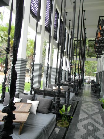 Shinta Mani Siem Reap: Outdoor swing/beds