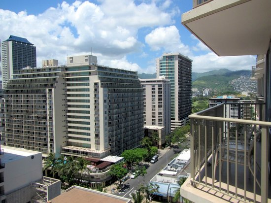 OHANA Waikiki East Hotel: View from the balcony