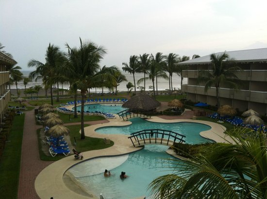 Doubletree Resort by Hilton, Central Pacific - Costa Rica: Smaller of the many pools