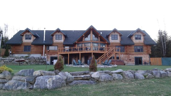 Bethlehem, NH: bear mountain lodge