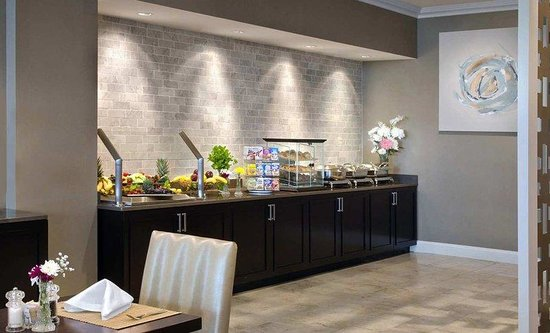 Hilton Greenville: Breakfast Buffet