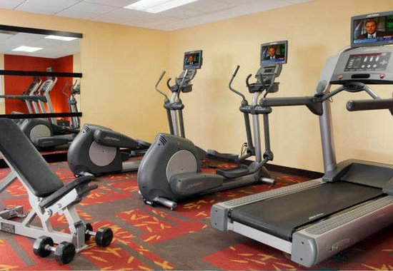 Courtyard by Marriott Herndon Reston: Fitness Center