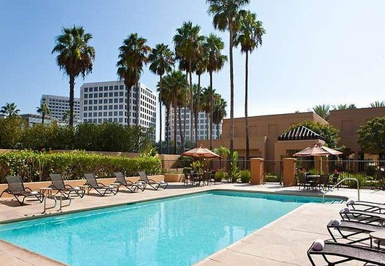 Courtyard by Marriott Irvine John Wayne Airport/Orange County: Outdoor Pool
