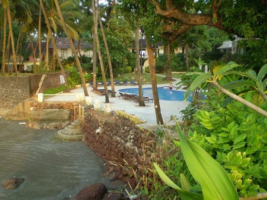 Hotel O'Pescador: Pool view from the cottage