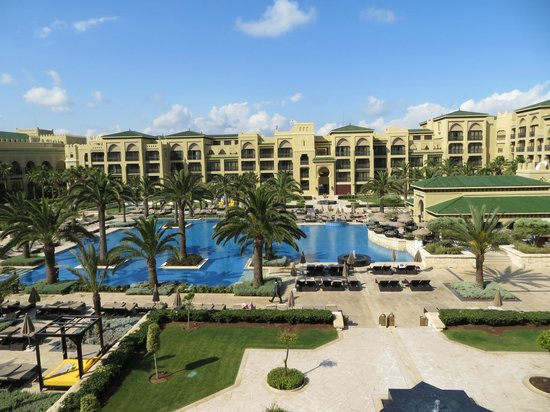 Mazagan Beach Resort: The pool area