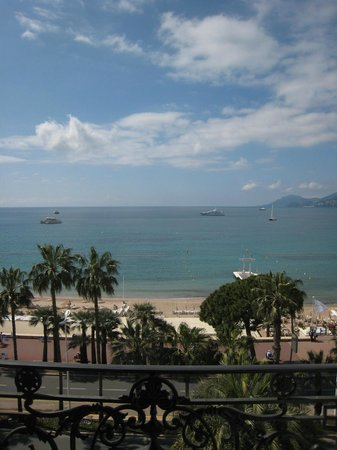InterContinental Carlton Cannes: View from room 436 balconette