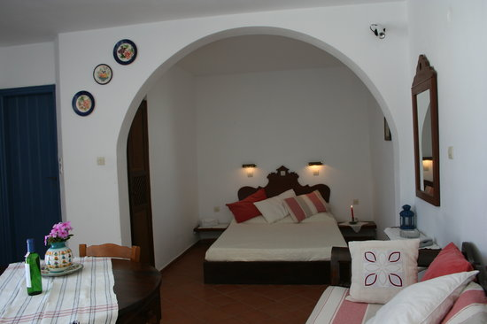 Lava Oia&#39;s: appartment C