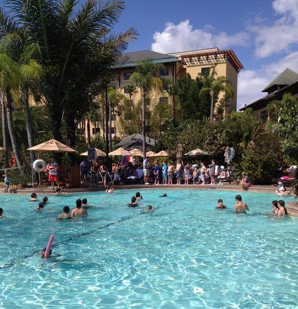 Loews Royal Pacific Resort at Universal Orlando: Great pool!!!