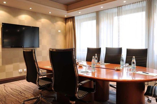 Hilton Milan:  Meeting Room London
