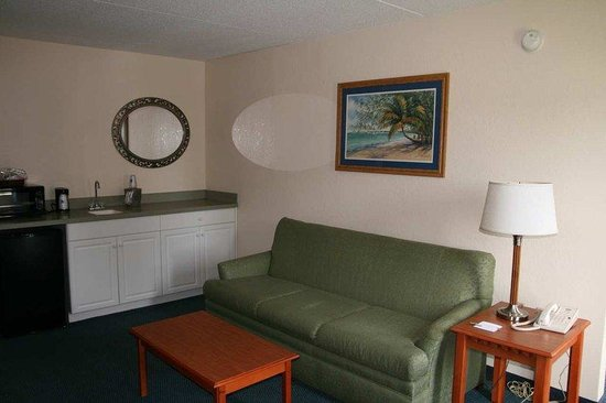Hampton Inn Morehead City: Suite Wetbar