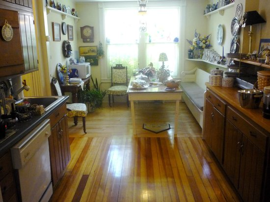 Cooperstown B and B: The kitchen/breakfast buffet room.