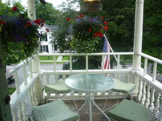 Cooperstown B and B: The second-floor balcony is the perfect setting to unwind with soft candlelight and a glass of w