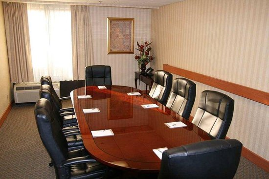 Hampton Inn Los Angeles / Arcadia / Pasadena: Boardroom