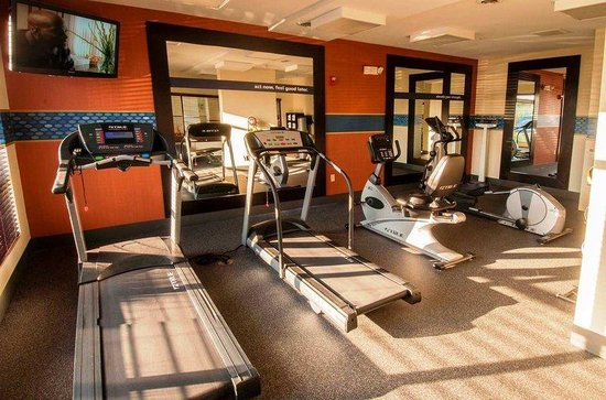 Hampton Inn - Detroit / Novi at 14 Mile Road: Fitness Center
