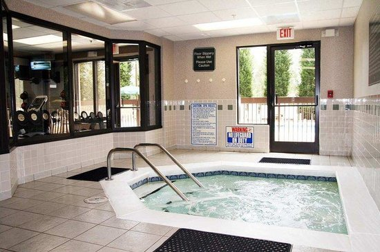 Fletcher, Kuzey Carolina: Indoor Whirlpool