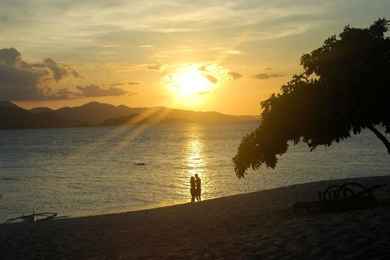 Club Paradise Palawan: Club Paradise sunset