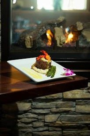 Fairhaven, MA: Stuffed Filet by the Fire