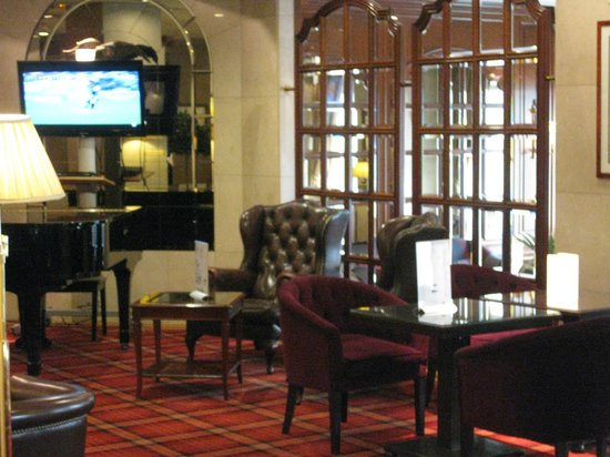 Emperador Hotel Madrid: Lobby Bar