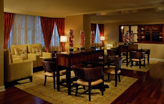 The Ritz-Carlton Atlanta: The Club Lounge