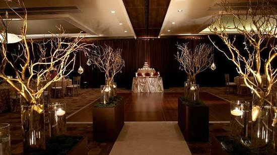 Monrovia wedding at the DoubleTree by Hilton hotel