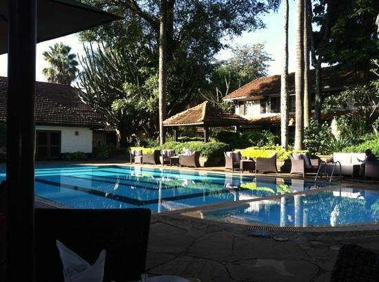 Southern Sun Mayfair Nairobi: view for breakfast