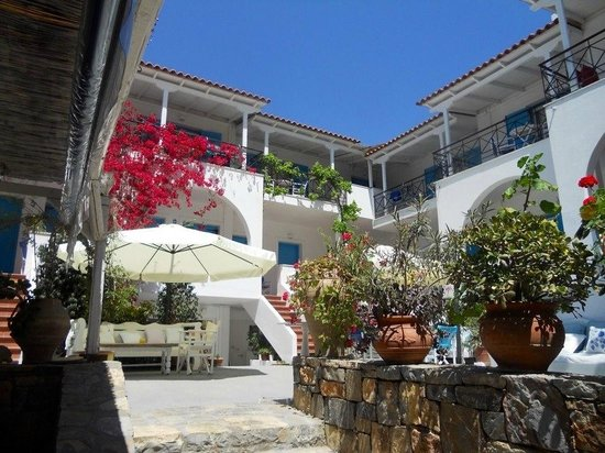 Photo of Odyssey Apartments Poros
