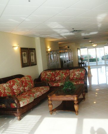 Emerald Shores Hotel: Lobby area
