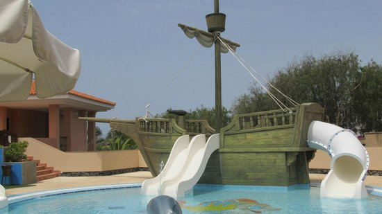 Iberostar Anthelia : kiddies area in quieter section of hotel grounds
