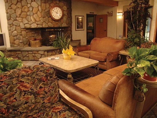 Shilo Inn Suites Mammoth Lakes: Lobby