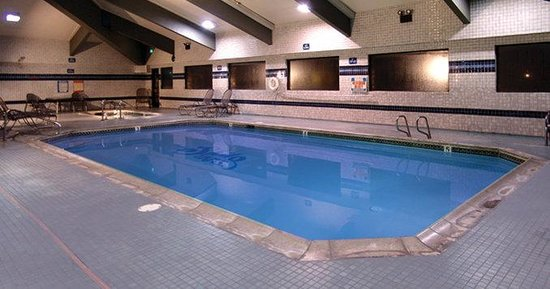 Shilo Inn Suites Mammoth Lakes: Pool view