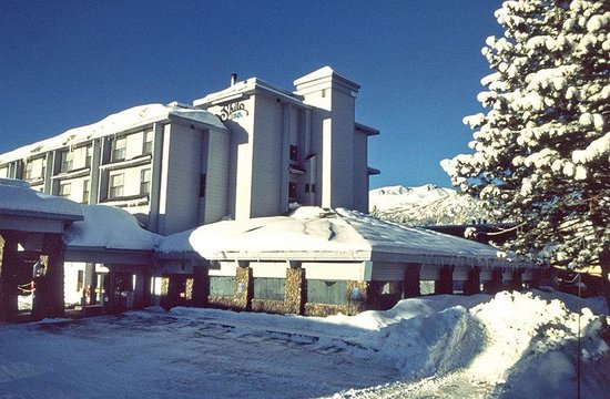 Shilo Inn Suites Mammoth Lakes: Mammoth Lakes With Snow