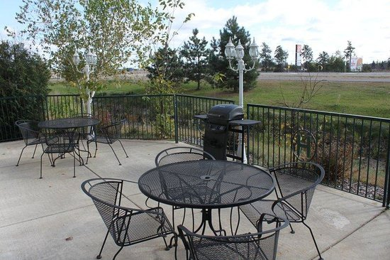 Crossings by GrandStay Inn & Suites: Recreational facility