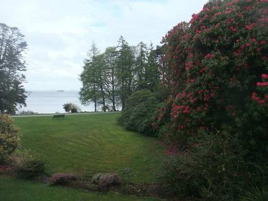 Oughterard, Irlanda: Even on a dull day the view is magnificent