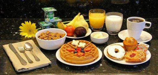 ‪‪Comfort Inn Near Old Town Pasadena - Eagle Rock‬: Cereal & Yogurt‬