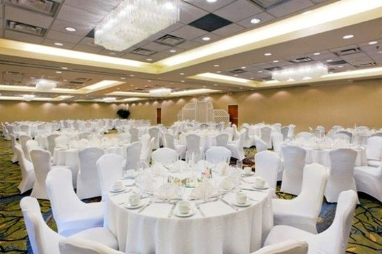 Crowne Plaza Dulles Airport Hotel: Our grand ballroom is perfect for wedding receptions up to 300 ppl
