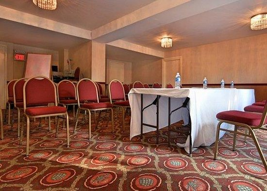 Trevose, PA: meeting room