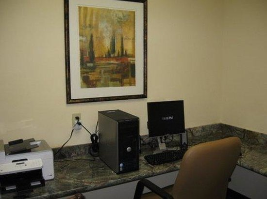 Country Inn & Suites: Complimentary Business Center