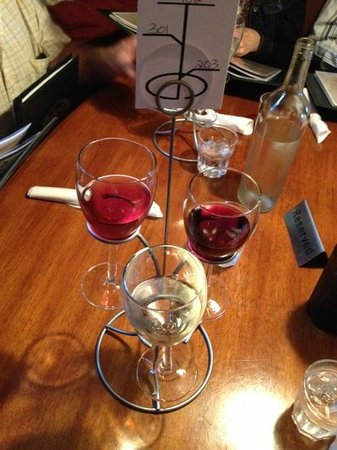 Guilford, CT: Wine Flight