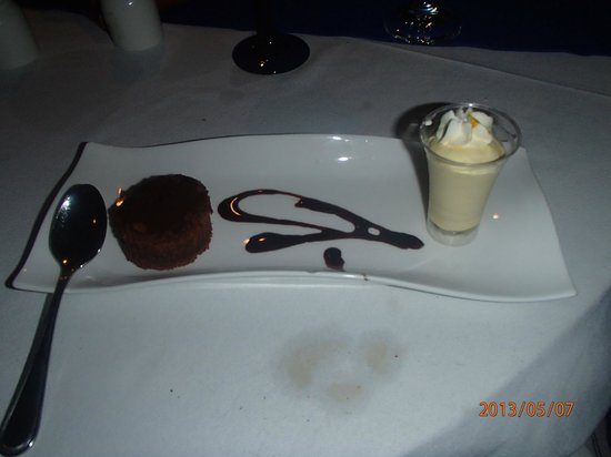 Sonesta Great Bay Beach Resort &amp; Casino: desert at Molasses, was delicious