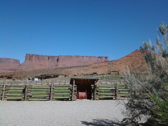 Red Cliffs Lodge 사진