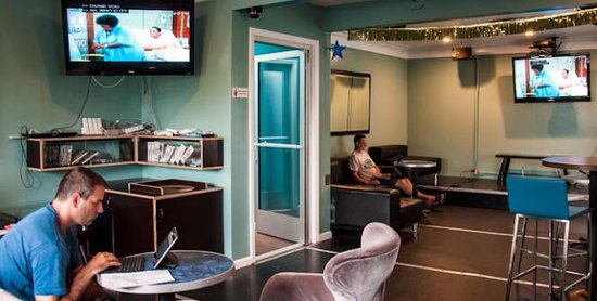 USA Hostels Hollywood: lounge
