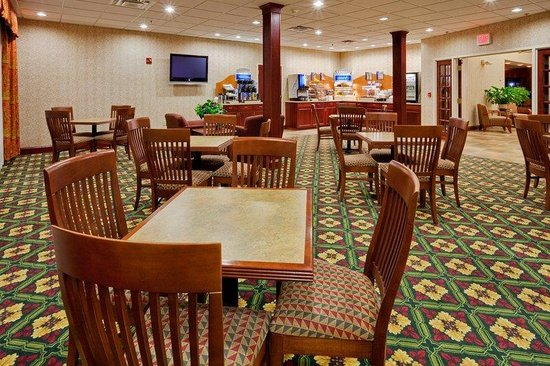Holiday Inn Express Gibson: Our Great Room also doubles as a meeting room for 35pp