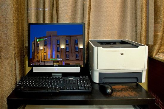Holiday Inn Express West Los Angeles: Internet, Print , and Fax Services