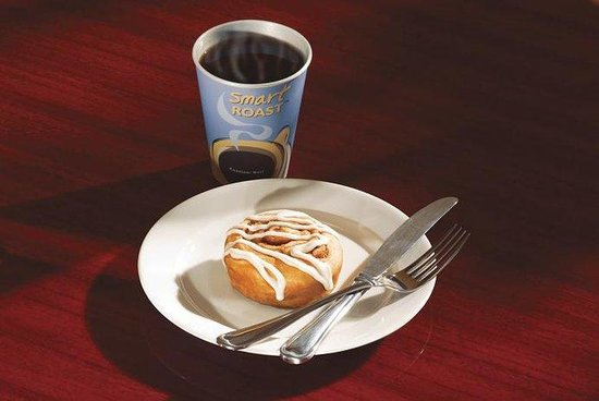 Holiday Inn Express Hotel & Suites Mount Arlington-Rockaway Area: Hot Coffee with Signature Cinnamon Rolls