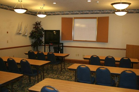 Holiday Inn Express La Porte: Meeting Room